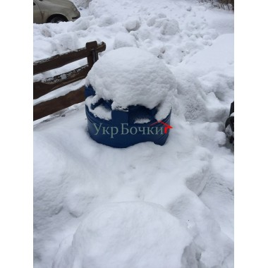 Емкость под снегом