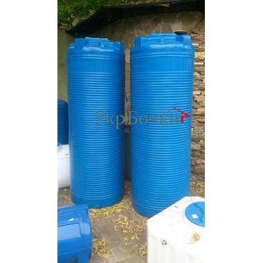 Узкие баки на 1000 литров